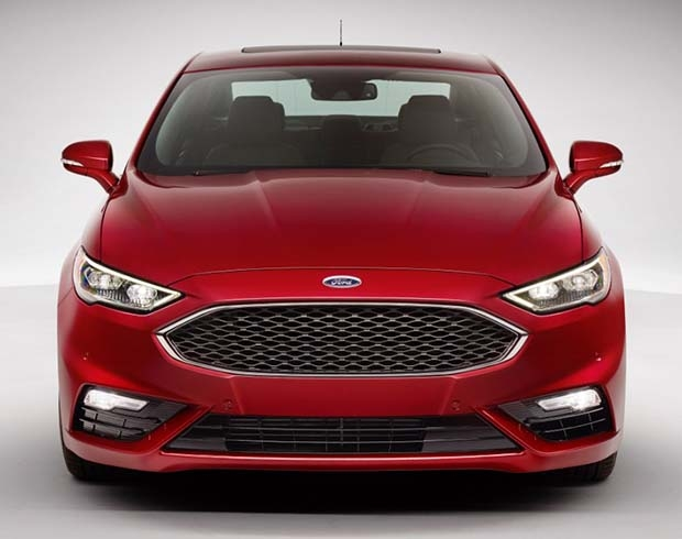 O novo Fusion, cujo visual assume identidade global da Ford